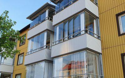 Nya balkonger till Brf. Framtiden 3 i Motala